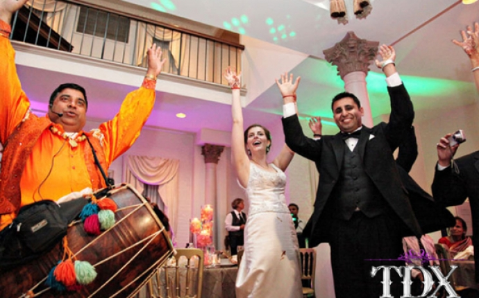 10-TDX-Fusion-Wedding-Live-Dhol